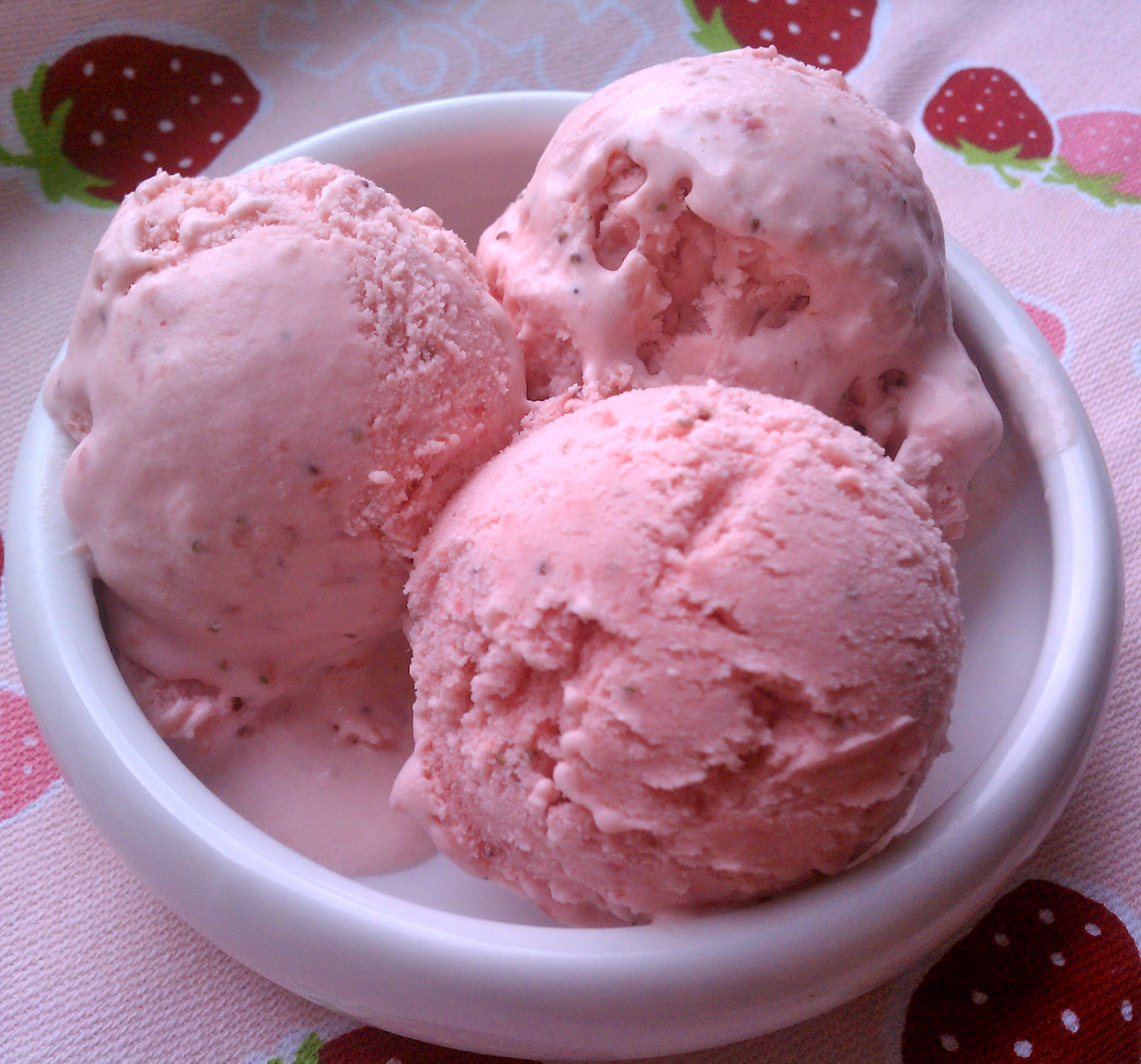 sour cream ice strawberry sour cream ice strawberry sour cream ice the ...